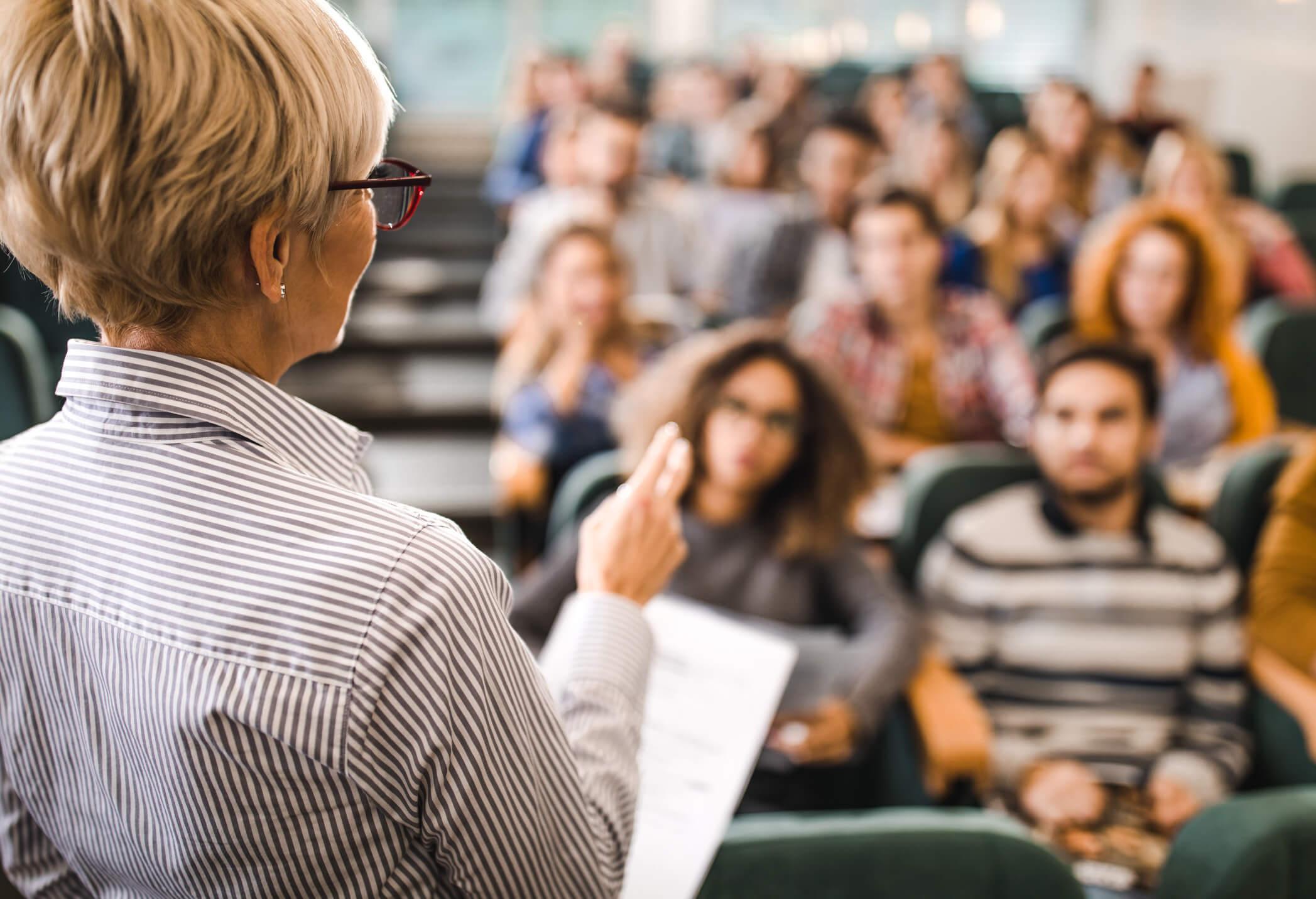 Studentische Lehre - Titelbild